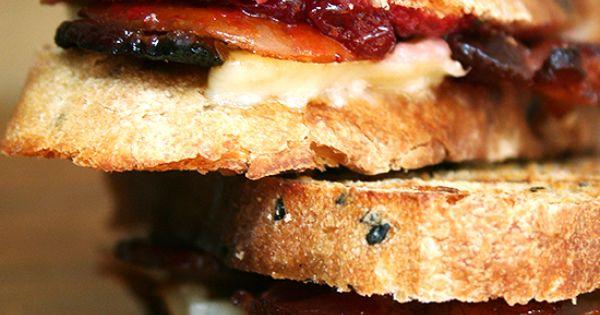 bacon, cheddar & pear panini