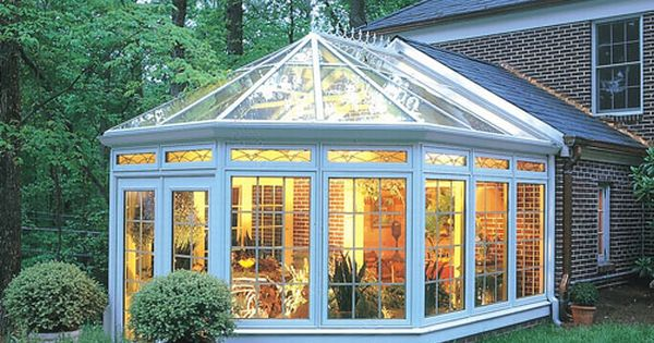 Sunrooms are so pretty home pinterest jard n de for Jardines de invierno neruda
