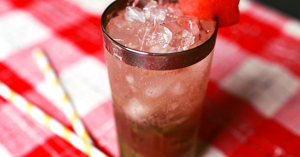 Watermelon Mojito 2 oz Light Rum 3/4 oz Simple Syrup 1 oz
