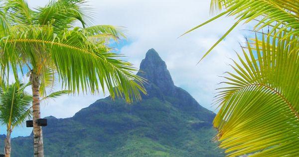 Bora Bora, Tahiti. On my bucket list to go here, for a