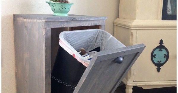 Diy dissimuler la poubelle taches design et tuis - Agencement cellier buanderie ...