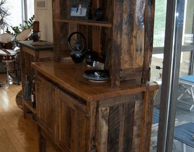 Reclaimed Wood Pallet Furniture Like our Facebook page! https://www.facebook.com/pages/Rustic-Farmhouse-Decor/636679889706127
