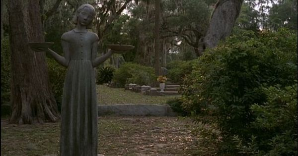The Bird Girl Statue That Once Stood In Bonaventure Cemetery Became Famous From The Movie
