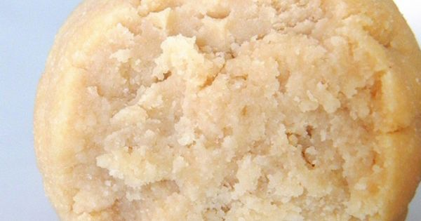 Cake Batter Balls! These are raw, vegan, high-protein, sugar-free, gluten-free, grain-free, soy-free,