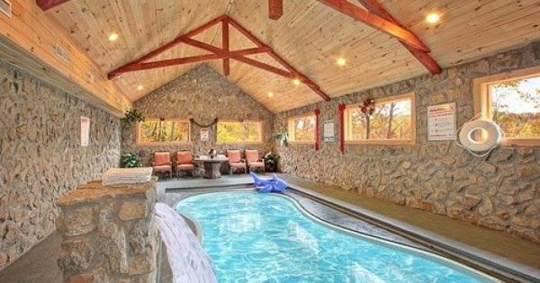 skinny dippin 3 bedroom cabin rental pigeon forge and gatlinburg