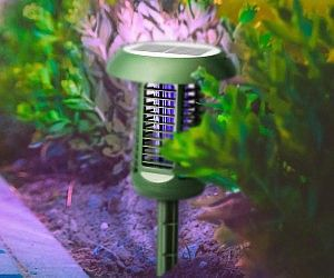 Make Your Backyard More Enjoyable For The Family By Keeping Pesky Insects Away Using These Solar Powered Bug Zappers Th Bug Zappers Bug Zapper Solar Power Diy