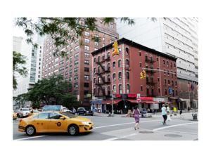 Nur 483 M Vom Madison Square Park Entfernt Bietet Das Carlton Arms Hotel Unterkunfte Im Art Deco Stil In Manhattan Hotels Reiseziele Manhattan