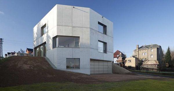 vue maison cube b ton contemporaine architecture. Black Bedroom Furniture Sets. Home Design Ideas