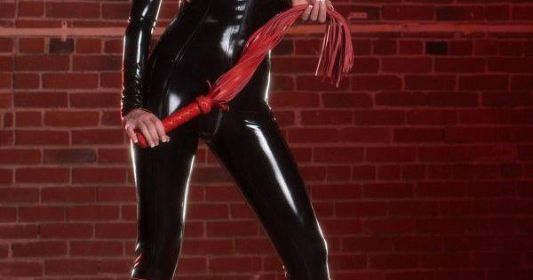 female body buider clit