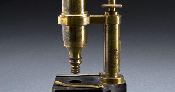 Louis pasteur s compound microscope paris france 1857 for Chambre claire berville