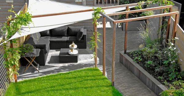 Idee n voor tuin en terras leuke moderne tuin waarvan de pergola zeker bruikbaar is in onze - Pergolas ijzeren smeden voor terras ...