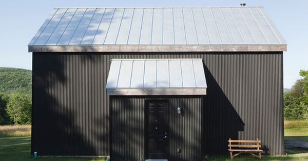 Houzz Tour Ecofriendly Getaway In The Catskills Corrugated Metal Siding Metal Buildings House Exterior