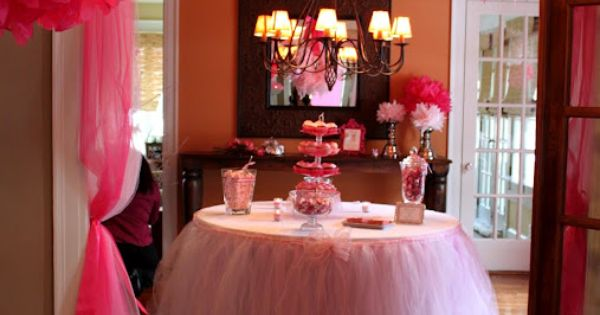 Baby shower using a tutu table skirt. Possible Birthday Party idea for