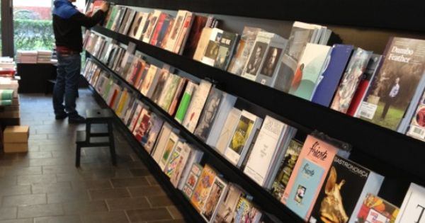 Nice readingroom Berlin Beautiful places Pinterest Berlin city and Beautiful places