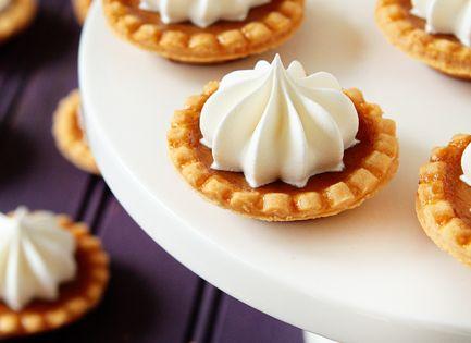 Mini Pumpkin Pies. pumpkin recipes, pumpkin desserts, Thanksgiving recipes