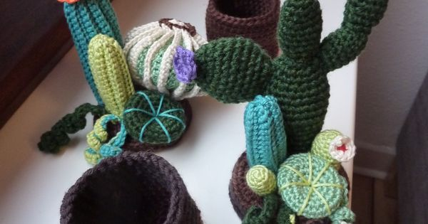 Amigurumi Cactus Redondo : Cacti, crochet Cactus, crochet Partly from: http://www ...