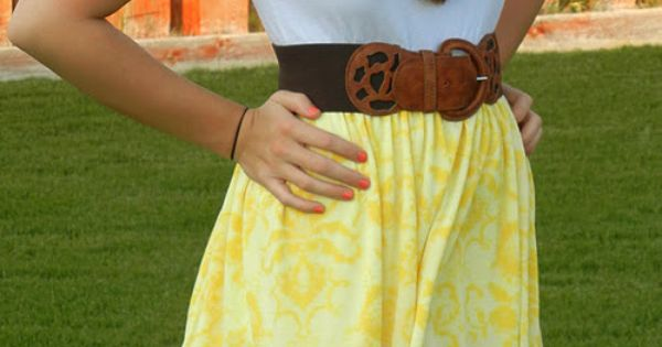 Sweet Verbena: A Very Simple Skirt Tutorial... I need a sewing machine!!