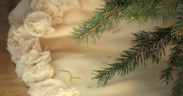 Muslin Rose Tree Skirt, Christmas Crafts