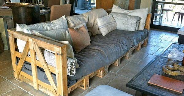 canap en palettes encore une bonne id e vive la r cup vive la r cup pinterest canap s. Black Bedroom Furniture Sets. Home Design Ideas
