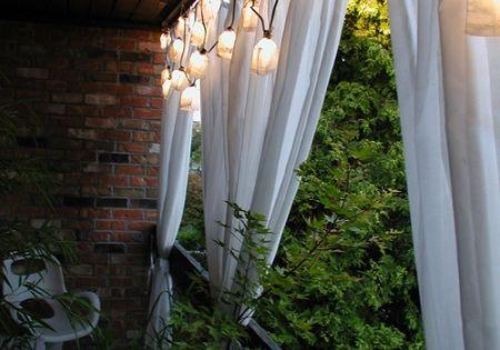 22 easy ways to instantly upgrade your balcony lighting for Balcony upgrade