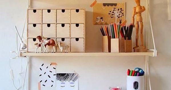 5 id es pour am nager un bureau dans un petit espace espaces minuscules bureau et espace. Black Bedroom Furniture Sets. Home Design Ideas