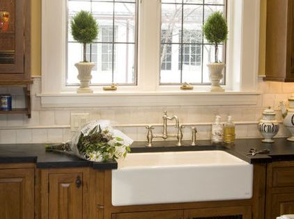 Shallow Apron Sink : Love the farmhouse sink! Would be neat to put cowhide under the sink ...