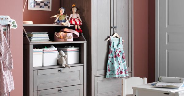 Mueble infantil con armario y c moda gris marr n y mesa y for Dixversion meuble