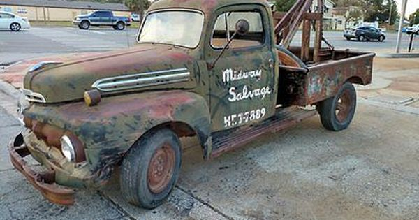 1951 Ford F3 Salvage Yard Tow Truck Deluxe Cab 5 Star Tow Truck