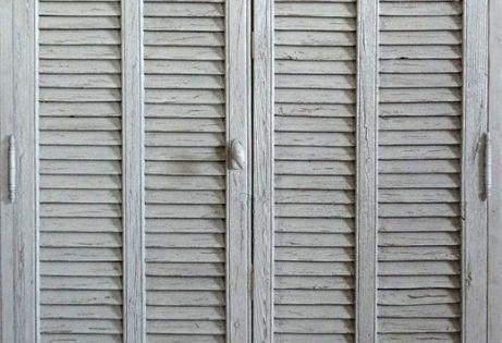 Portes persiennes lames am rciaines peinture patin e for Portes decoratives interieures