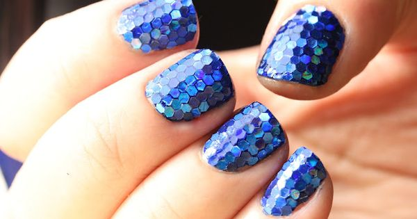 Mermaid Nails nailpolish nailart designs art nails style fun fashion