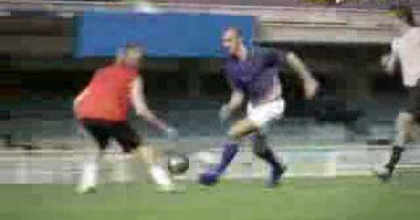 Ronaldo Vs Zlatan Joga Bonito Ronaldo Joga Soccer Field