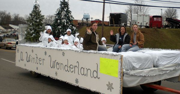 picture christmas parade float float a winter