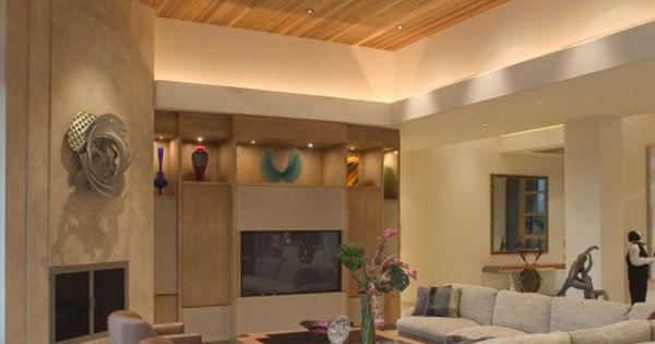 Moderne Holzdecken Wohnzimmer moderne und luxurise wohnzimmer mit holzdecke und groen fenstern stockfoto 7631583 Groes Wohnzimmer In Beige Farbschema Mit Erhhten Holzdecke 74 Stilvollen Modernen Wohnzimmer Designs In Bildern Mssen Sie Sehen Pinterest Design