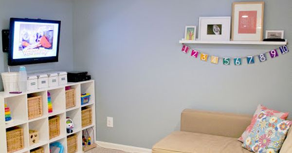 Small playroom design
