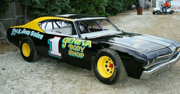 68 chevelle late model chevelle race cars pinterest for Dirt track garage