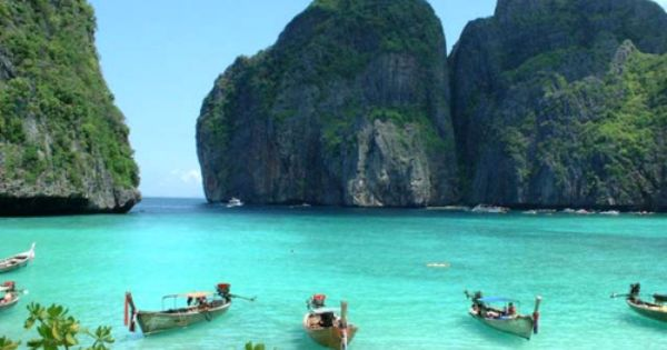 maya beach at PhiPhi island