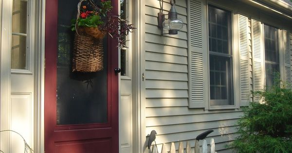 My Home Outside Color Is Benjamin Moore Briarwood The