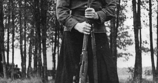 Red Army Women. Best female snipers. Roza Shanina killed 75 fascists. She
