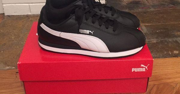 Puma sneakers Kids 3.5 puma sneakers. Super comfy Puma Shoes