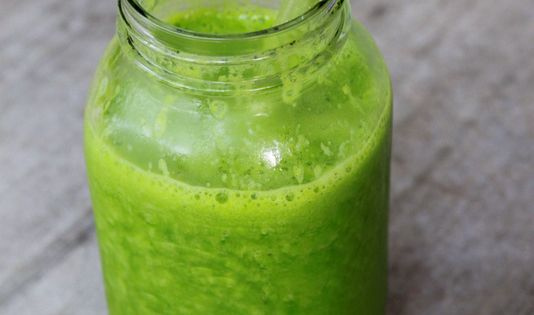 Glowing Green smoothie for weight loss. Glowing Green One of my absolute