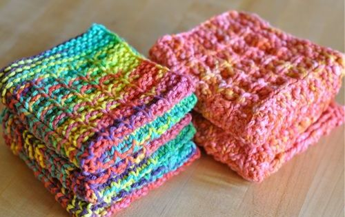 Raised Box Stitch Waffle Dishcloth from Homespun Living Love these dish cloth...