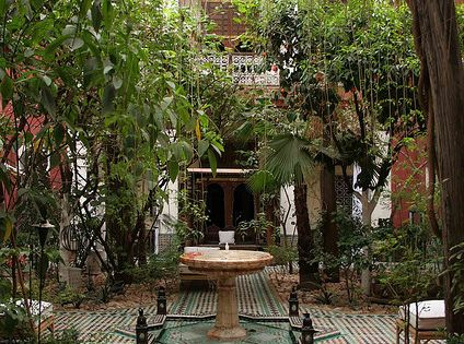 Love this Moroccan style secret garden