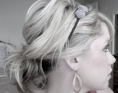 Cute way to wear a headband with a short hair messy pony.
