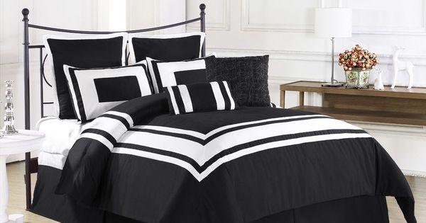 New 8pc Modern Striped Black White Border Ultra Plush