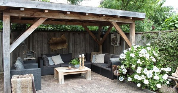 Thuis bij huis haard onze eiken overkapping thuis met moon overkapping pinterest roof - Bank voor pergola ...