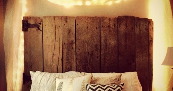 Love that old barn wood headboard diy home decor for Where can i buy old barn wood