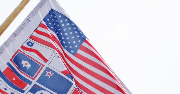 50 states flags pictures