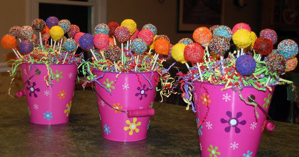 Cake pop centerpieces for kids birthday party