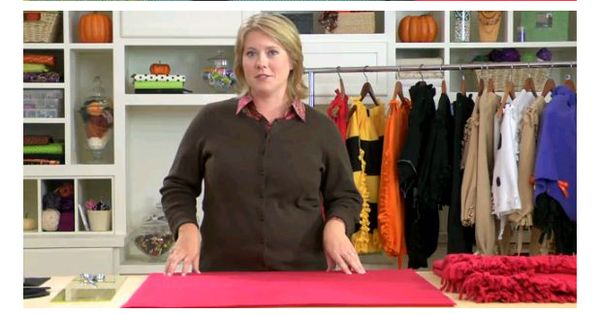 No-sew fleece costumes -- ladybug, bee, or pumpkin! Halloween costumes Printable PDF: