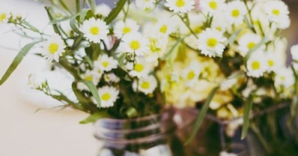 Simple Garden Wedding Flower Arrangements | Wedding Flowers simple flower arrangements for